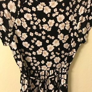 Motherhood Maternity short, floral dress